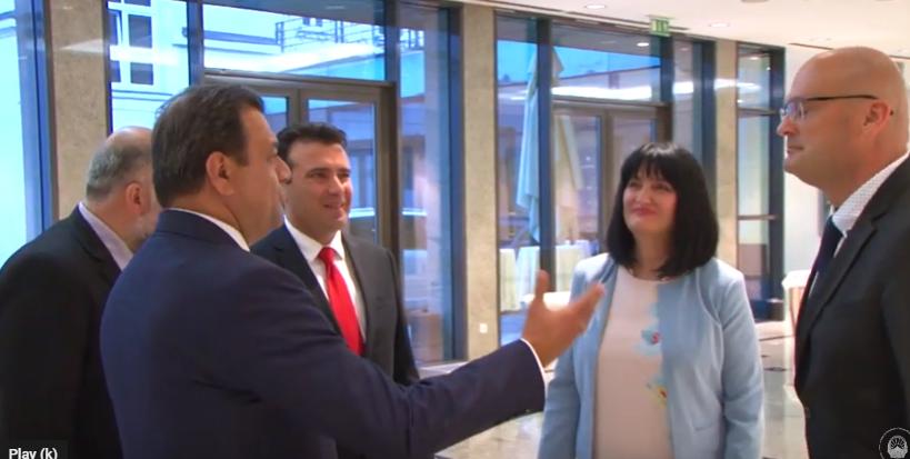 Економската година на премиерот во заминување Заев се претвора во фијаско, странските инвестиции на дното