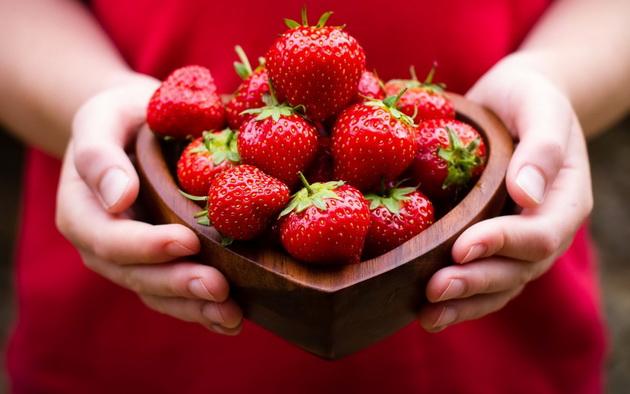 Слатка диета – стопете го вишокот килограми со вкусни јагоди
