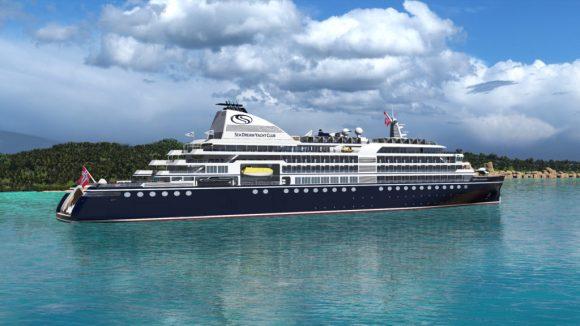 Луксузна јахта потона во Средоземното Море