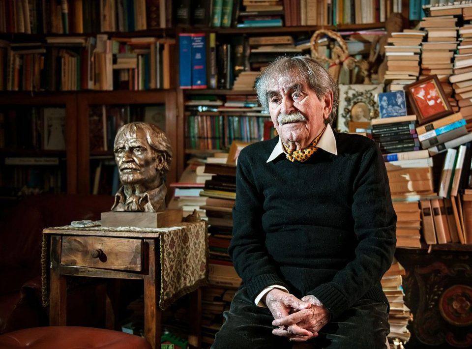 """Промоција на поемата """"Охридски извори"""" од Ференц Јухас добитник на """"Златен венец"""" на СВП во 2002"""