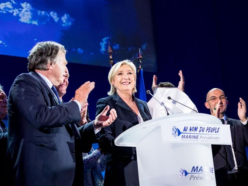 Орбан, Марин Ле Пен и Меркел слават на ЕУ изборите
