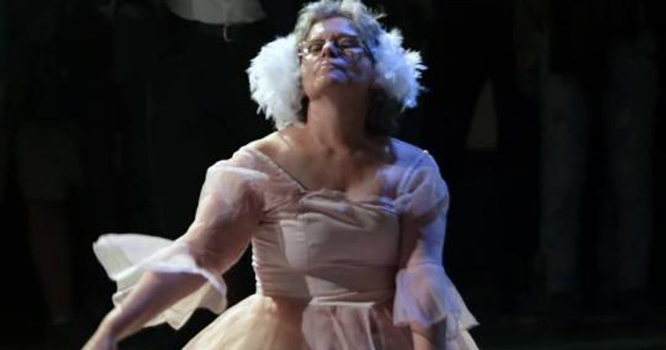 Немањето искуство во балетот беше и мојот најголем адут во мојот прв настап во улогата на белиот лебед