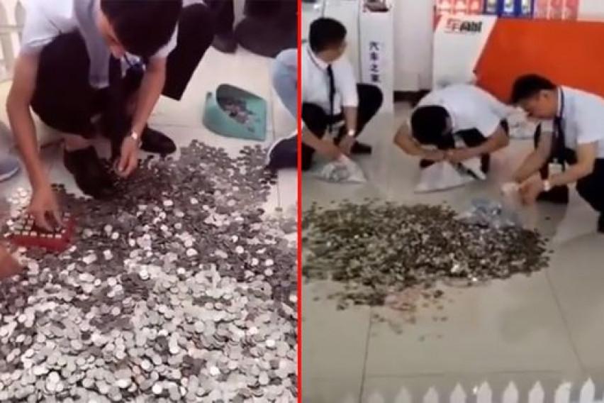 Купила автомобил од 24.500 евра со железни монети: Работниците три дена ги броеле парите