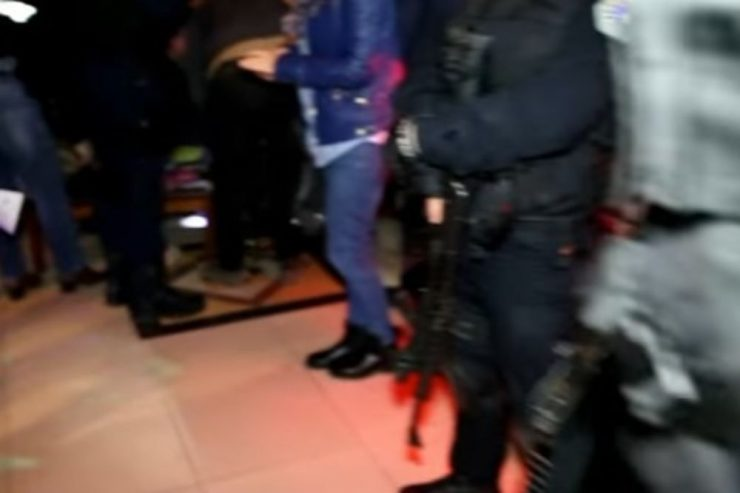 133 лица го прекршиле полицискиот час вчера, 26-мина приведени