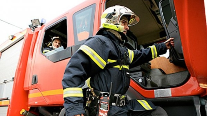 Пожарникар повреден додека интервенирал вчера кај Сопот