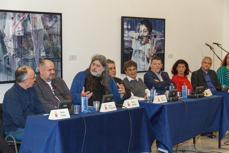 """Српскиот автор Светислав Басара на отворањето на """"Про-За Балкан"""": Гротеската и иронијата се најдобрите средства против стереотипите"""