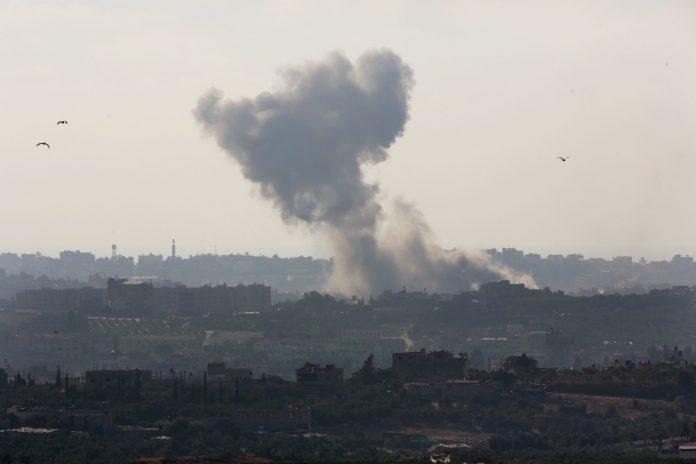 Турција го бомбардира северен Ирак