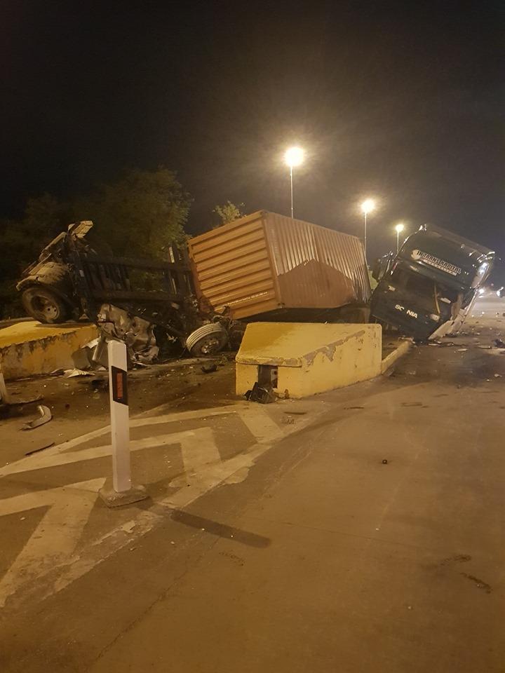 Страшна сообраќајка – Камион удри во остатоци од стара патарина