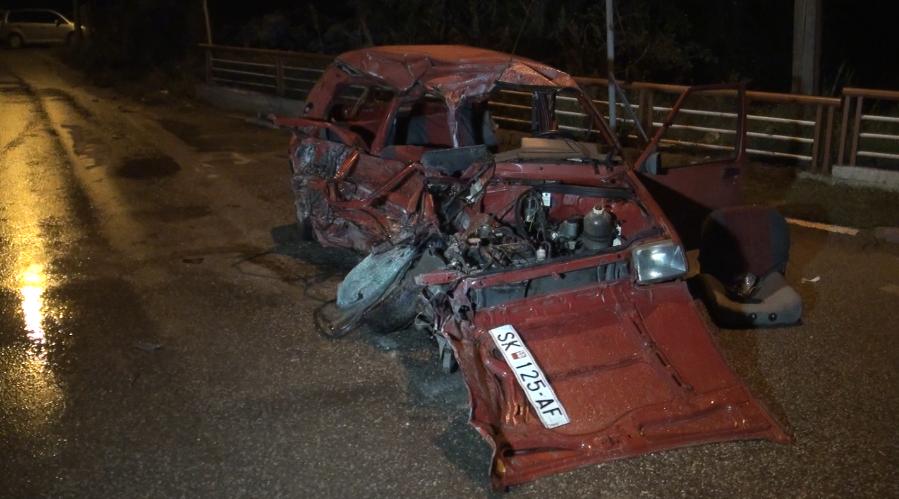 """Загинаа возачот и четворицата сопатници од """"реното"""", возачот на камионот во болница"""