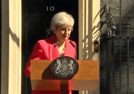 Премиерката во заминување свика вонредна седница на британската Влада