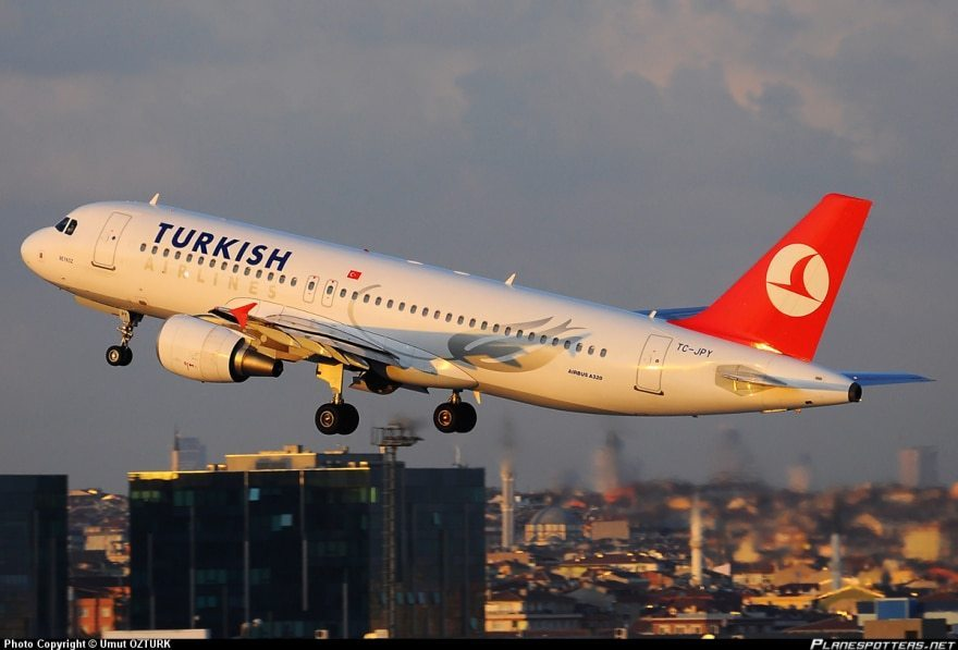 """Патник сведочи за хорор во авион на """"Туркиш Ерлајнс"""": За малку ќе се срушевме над Скопје!"""