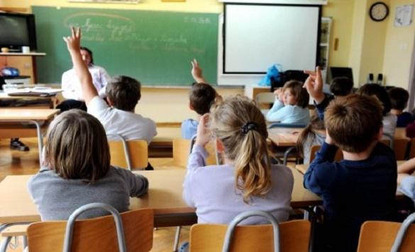 Во Нов Зеланд штрајкот на наставниците ги парализира училиштата