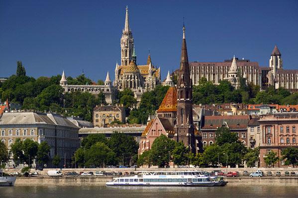 Најмногу од почетокот на пандемијата: Во Унгарија денеска 1791 случај