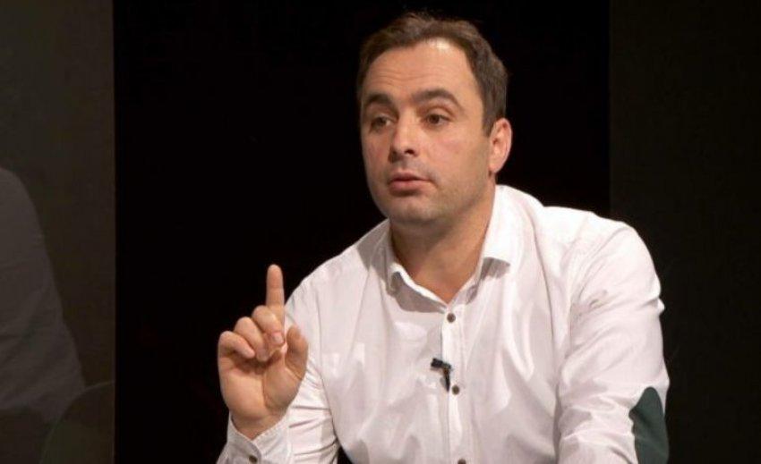 Висар Адеми: Мора да престанат заплашувањата на СДСМ кон Албанците за да гласаат за Пендаровски