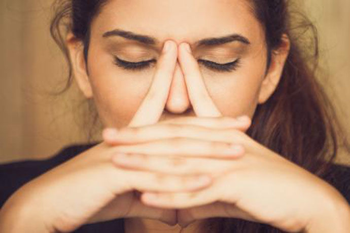 Не смеете да ги занемарите овие симптоми: Зад нив можеби се крие најлошиот женски канцер!