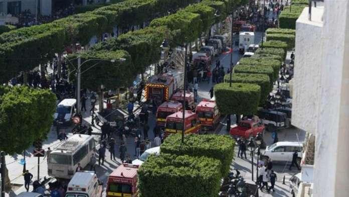 Во центарот на Тунис се разнесе бомбаш самоубиец, има ранети