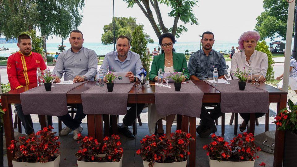 "Охрид -домаќин на врвните светски готвачи: Гастрономскиот крем доаѓа на натпревар под мотото ""Don't Worry, Be Ohrid!"""