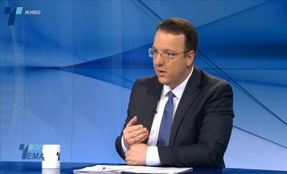 Николовски: Досиејата за корупција што ги читаат во Брисел, нè оддалечија од датумот за преговори