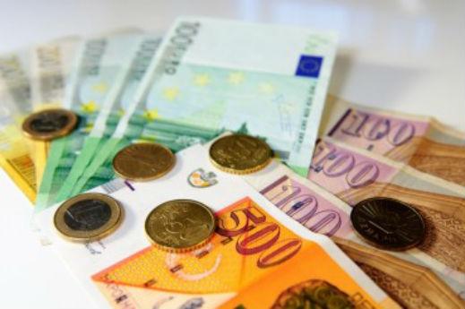 Само семејствата кои трошат над 3 000 евра месечно ќе имаат максимален поврат на ДДВ