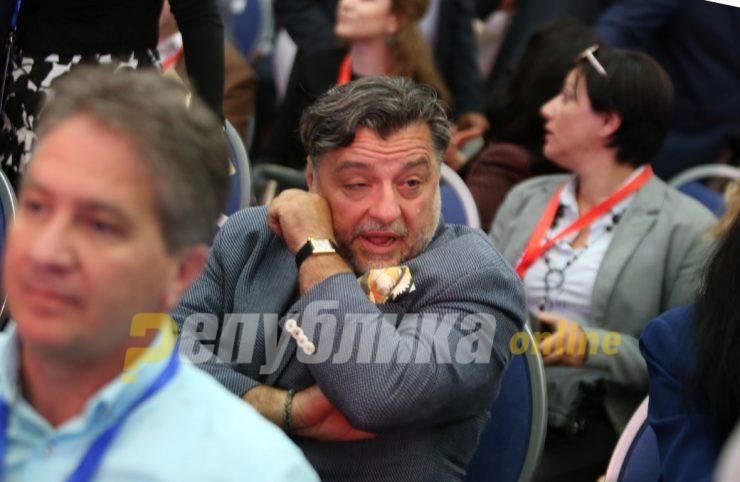 Дали по шлаканицата од САД Заев го спрема Фрчковски за уставен судија или за амбасадор во Белград?