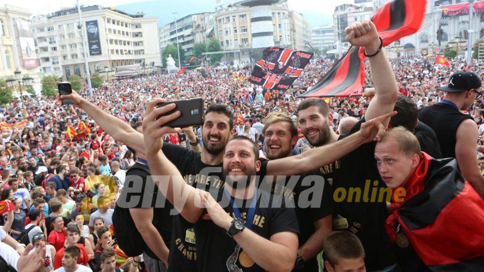 Алушовски ќе го води европскиот шампион!