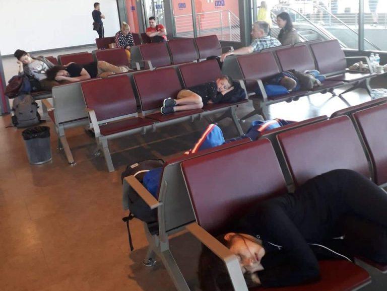 Патниците заглавени на скопскиот аеродром заминаа за Хургада