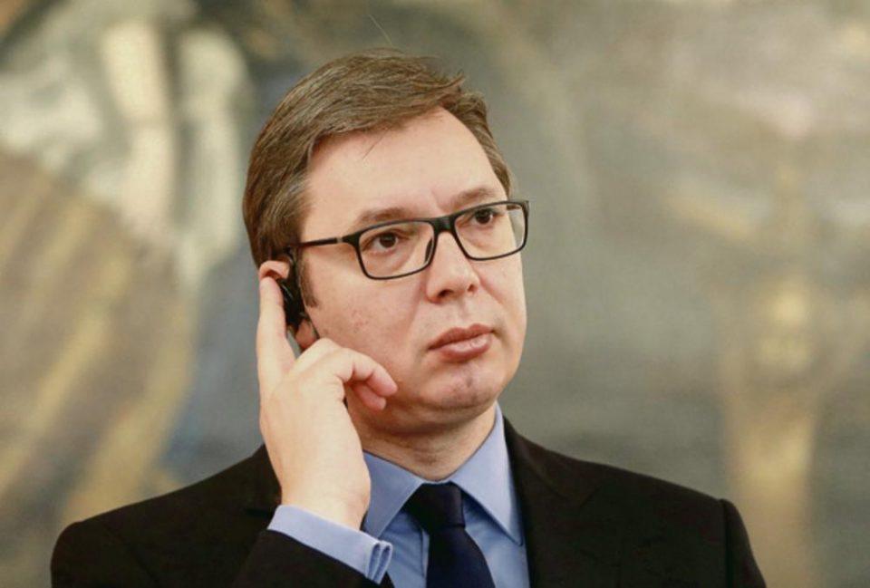 Британски МИ6 го прислушкува телефонот на Вучиќ, му ги читаат сите пораки