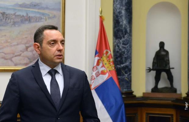 Вулин: Пендаровски нека молчи за Србија, како што молчи за Голема Албанија
