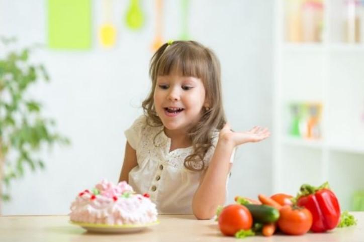 На децата давајте им помалку шеќер