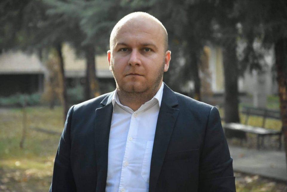 Атанасоски: Прашање е колку Заев е психофизички силен и за премиер и за прв финансиер