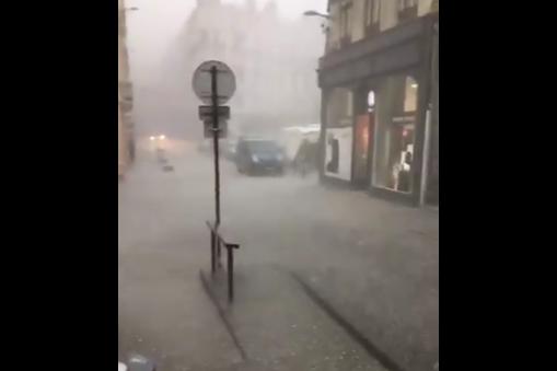 Голема бура во Швајцарија и Франција, има и загинати
