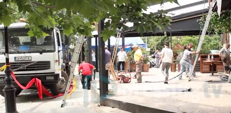Општина Центар почна да ги урива терасите во Дебар Маало