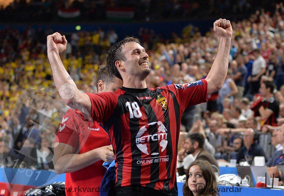 Додавањето на Карачиќ кон Стоилов одбрано за асистенција на годината во ЛШ