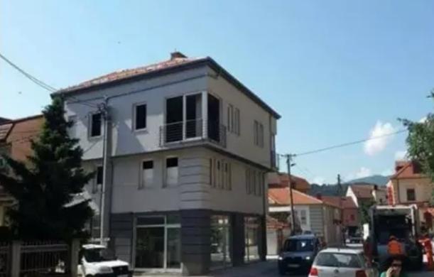 Среде Битола куќа да имам: Кирац, како се гради трикатница во време на Груевски?