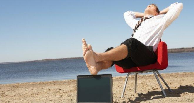 Политичарите најавуваат скромност – Каде ќе одат на одмор и колку ќе потрошат?