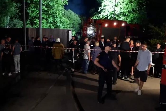 Пожар во психијатриски болница во Украина: Најмалку шест загинати, настрадаа пациенти и лекари