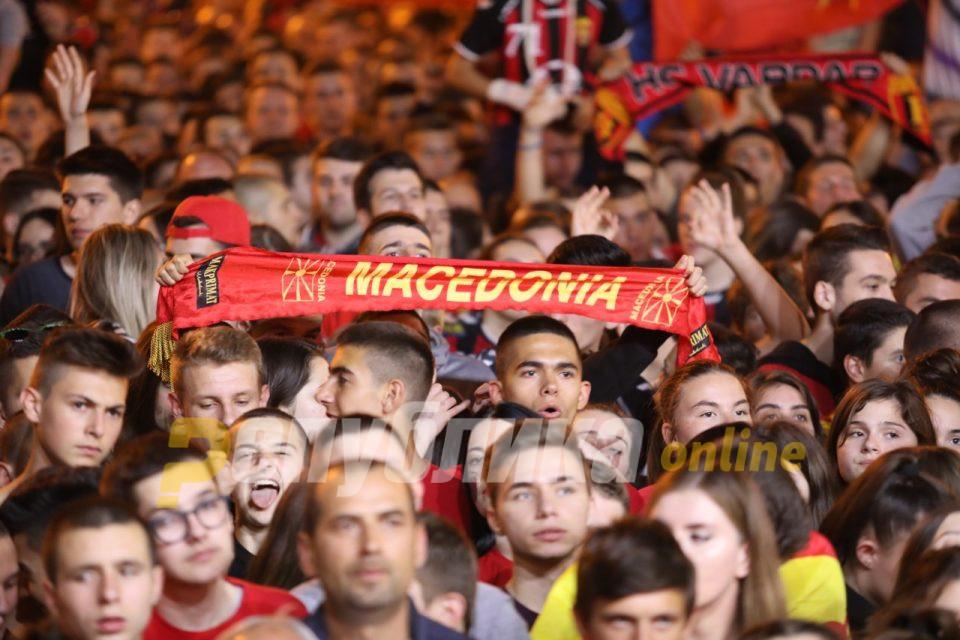 """Ќе го победиме Заев со """"Денес над Македонија се раѓа"""""""