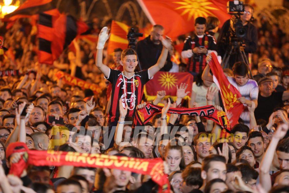 Дибиров од плоштад: Денеска сите ние сме Македонци!