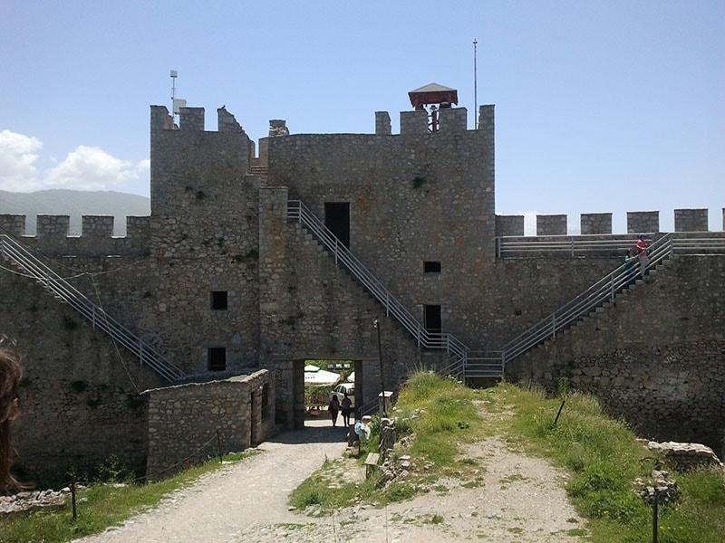 Трагедија: Мртов човек пронајден на Самоилова тврдина во Охрид