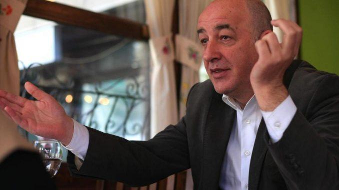 """Зеколи: Гестот на Грција со """"Macedonia is GReat"""" е понижувачки, но поголем проблем е нашето водство"""
