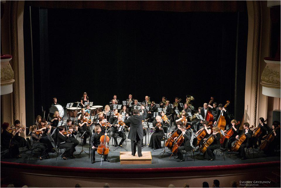 Охридско лето: Симфонискиот оркестар на Бријанск вечерва ќе музицира во црквата Св. Софија