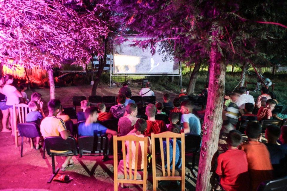 Патувачкото кино на МакеДокс отиде преку граница