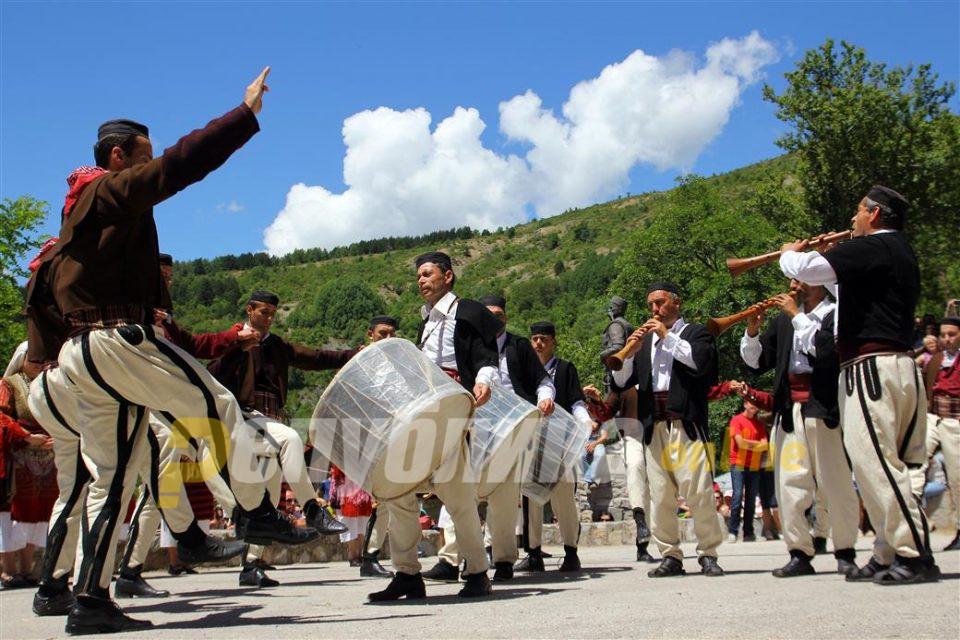 Денеска е Петровден: Петровден во Галичник без Галичка свадба се слави