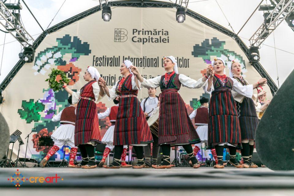 """Учениците од """"Илија Николовски -Луј"""" на фестивали во Романија, Шпанија, Италија, Грција…"""