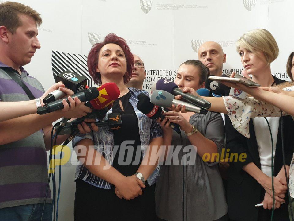 Стефанова: Беше актуелно лица да бидат пуштени од притвор заради некакви гласања во Собранието