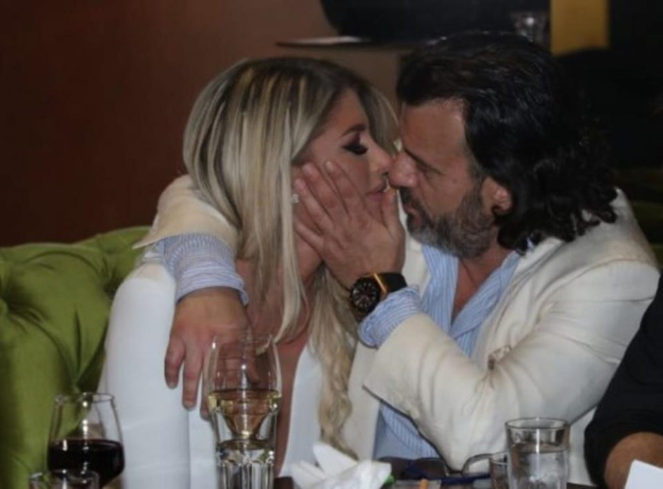 Не се разделуваат, веќе не ја кријат љубовта: Ова е новата девојка на Аца Лукас