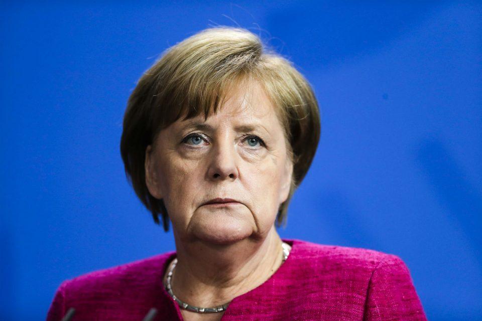 Меркел е добро – планира да го отслужи целиот мандат до 2021 година