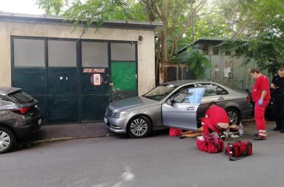Маж со скутер ја симнал кацигата, па почнал да пука – Детали за крвавиот инцидент во Белград