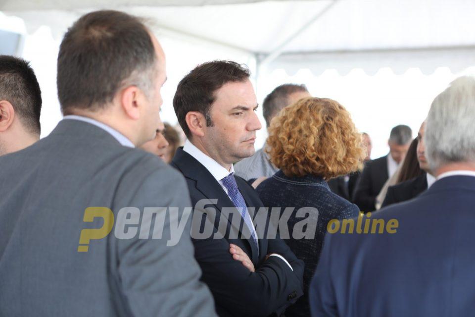 Османи, не си во право: Темелите на македонската држава се впишани во решенијата од Првото заседание на АСНОМ, а не во Законот за јазици