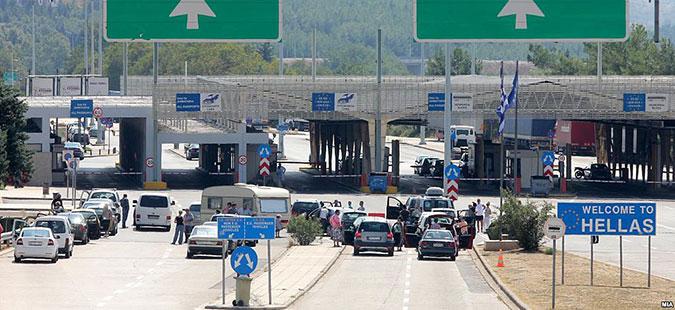 Временските услови се поволни: Товарни возила повторно можат да влегуваат во Грција
